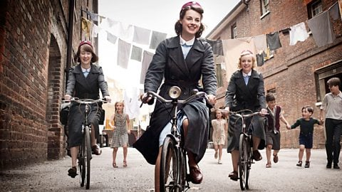 Call the Midwife | Shows that Moms are Sneak Binge-Watching right now on Netflix.