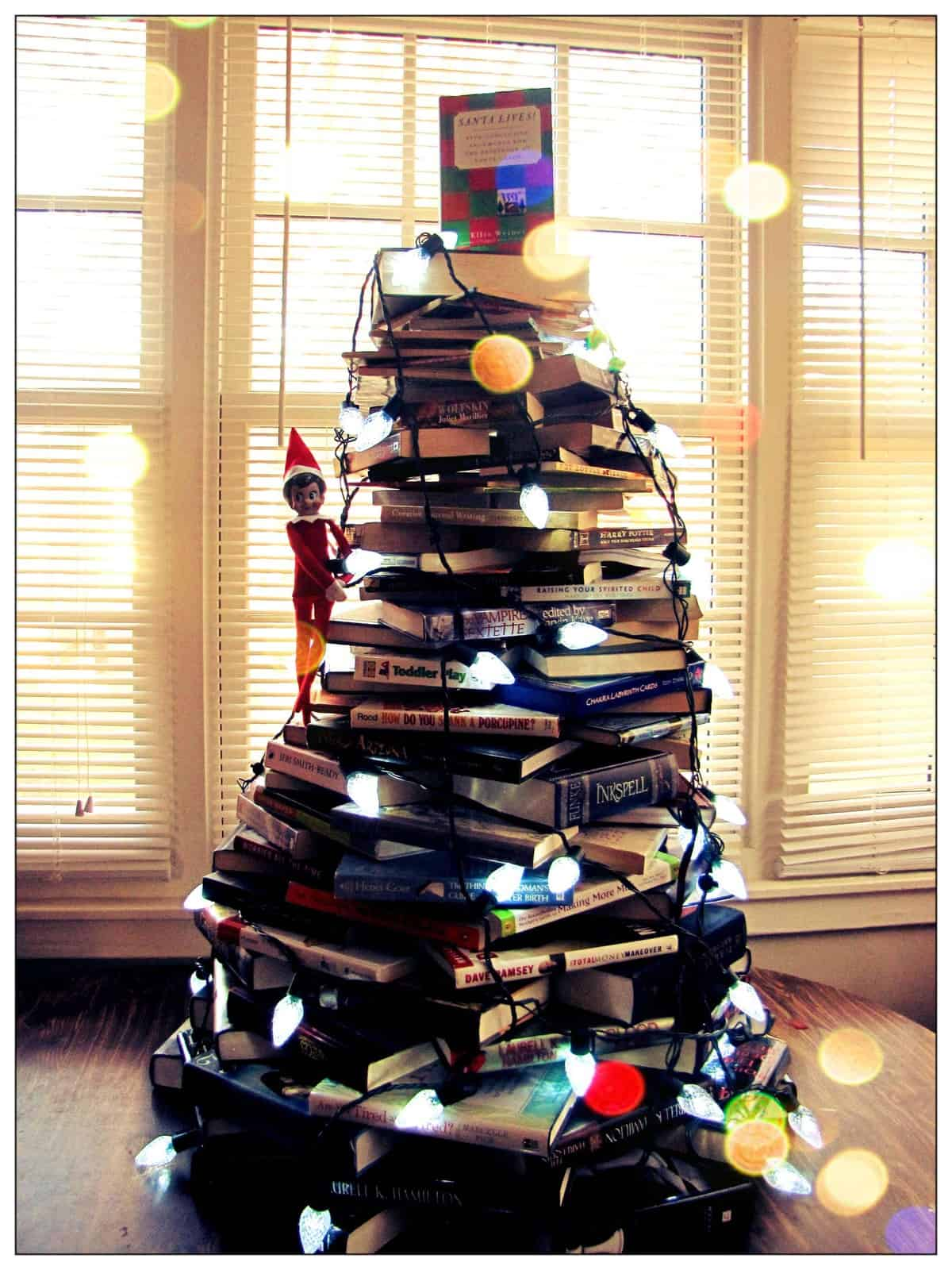 Book Christmas Tree by A Little Crunchy and other unique Christmas Tree Decorating Ideas