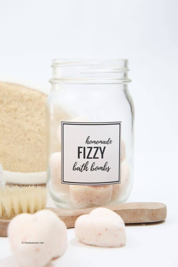 Homemeade Fizzy Bath Bombs by The Idea Room | Make Your Own Luxurious Bath Bombs with these 15 Awesome DIY Bath Bomb Recipes