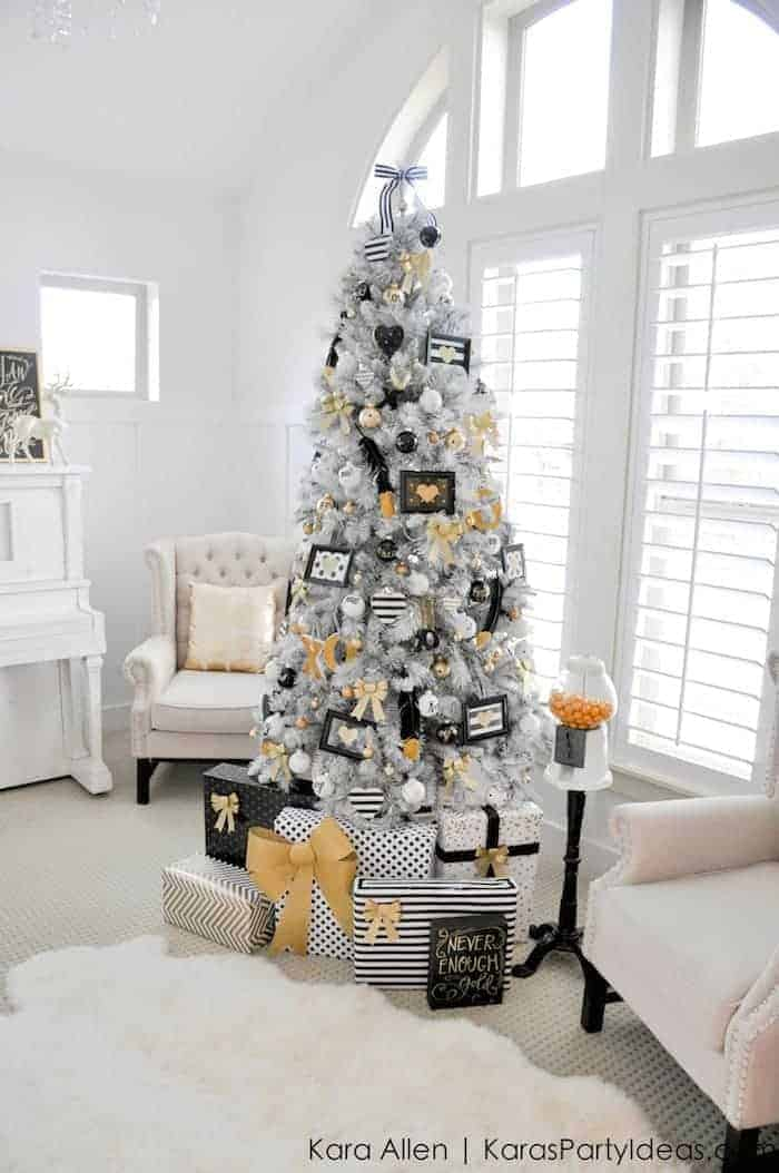 Gold Black and White Tree by Kara Party Ideas |Totally cool and unique Christmas tree ideas!