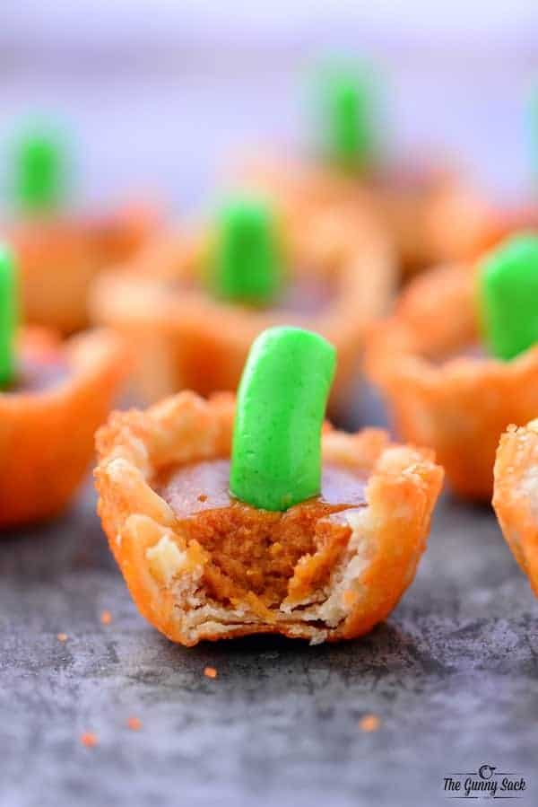 Mini Caramel Pumpkin Pie Bites by The Gunny Sack | Pumpkin Pie Recipes and Pumpkin Pie Flavored Recipes!