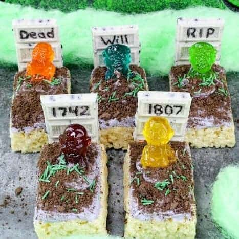 Halloween Rice Krispie Treats – Zombie Graveyard