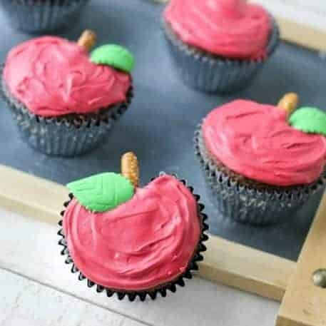 Easy Apple Shaped Cupcakes