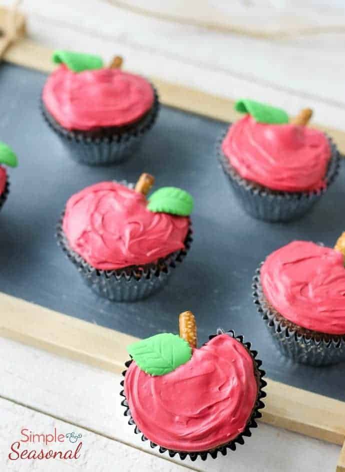 Apple shaped cupcakes for Teacher Appreciation Gift or Fall dessert
