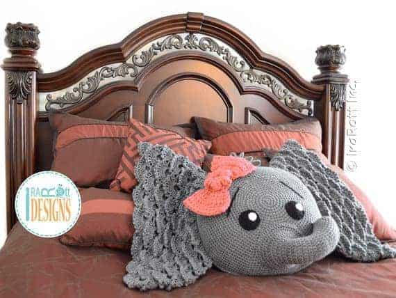 Crochet elephant pillow and other great modern crochet ideas
