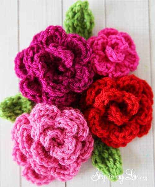 Free Easy Rose Crochet Pattern by Skip My Lou | These are not your grandma's crochet ideas! These cool crochet patterns and handmade items are just plain fabulous!