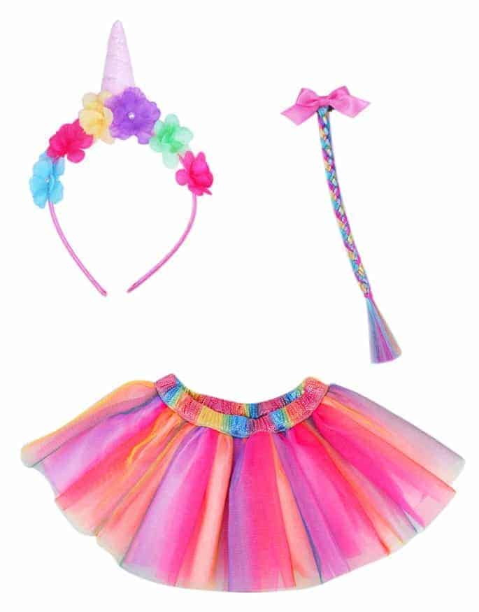 Unicorn Dress up kit and other great gift ideas for girls!