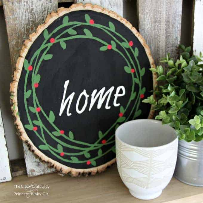 Wood Slice Painted Wreath Christmas DIY decor