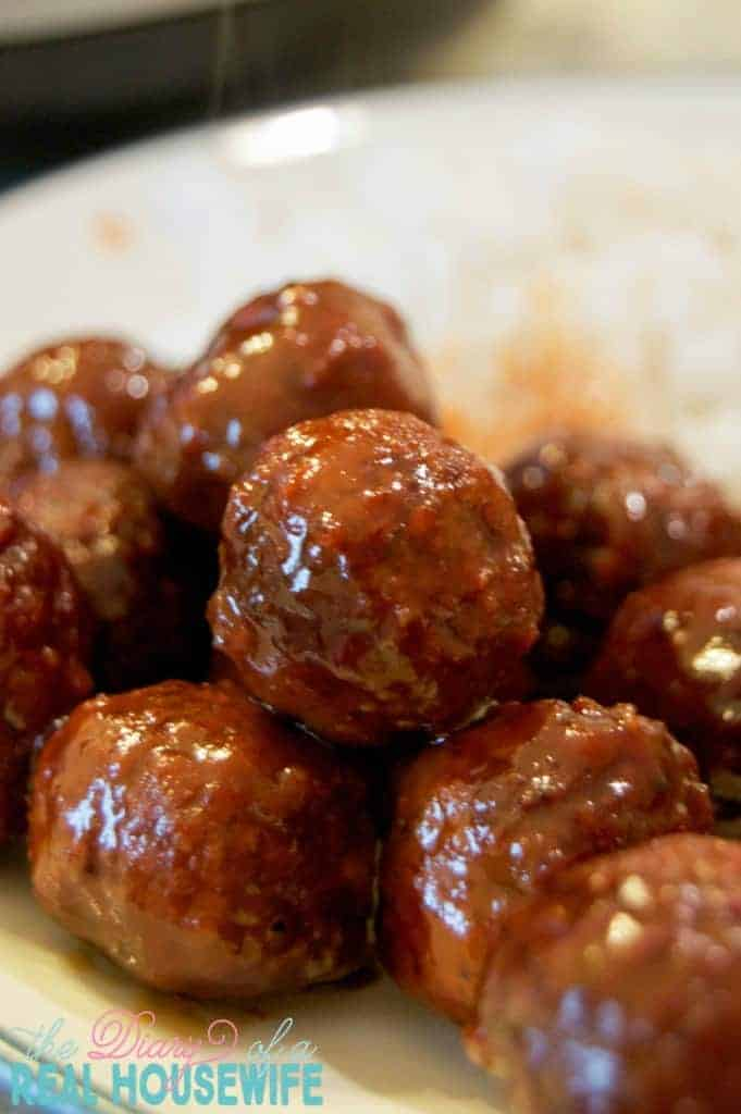 3 Ingredient Meatballs by The Diary of a Real Housewife and other great easy appetizers for a crowd