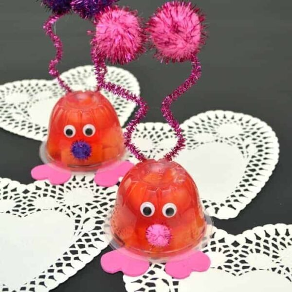 Valentine's Day Love Bug Snack Cup featured image