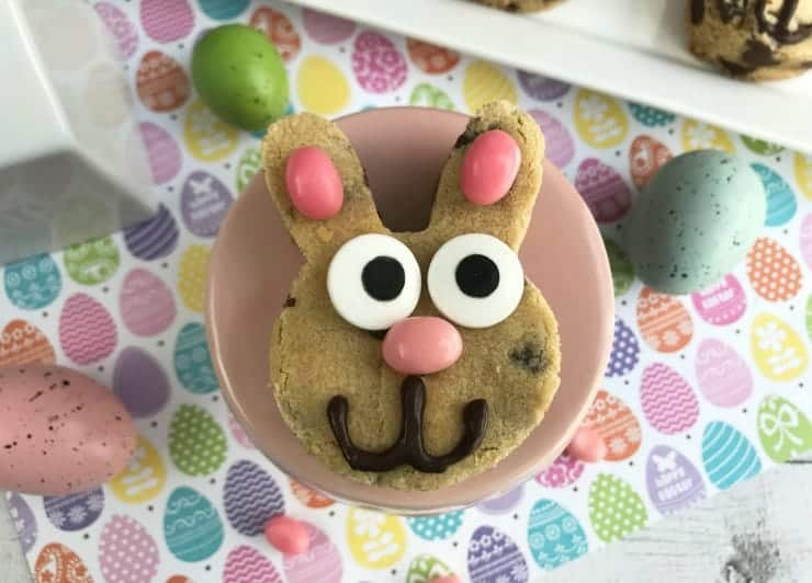 These Chocolate Chip Easter Bunny Cookies are so cute and whimsical