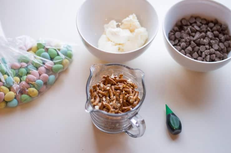 Ingredients to make Chocolate Easter Nests