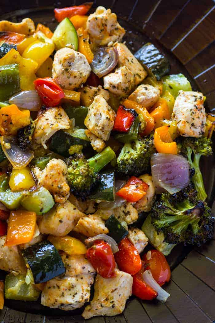 15 Minute Roasted Chicken and Veggies by Gimme Delicious | Delicious DASH Diet Recipes