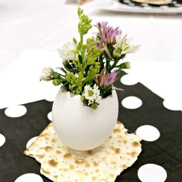 Eggshell vase with spring flowers square feature image