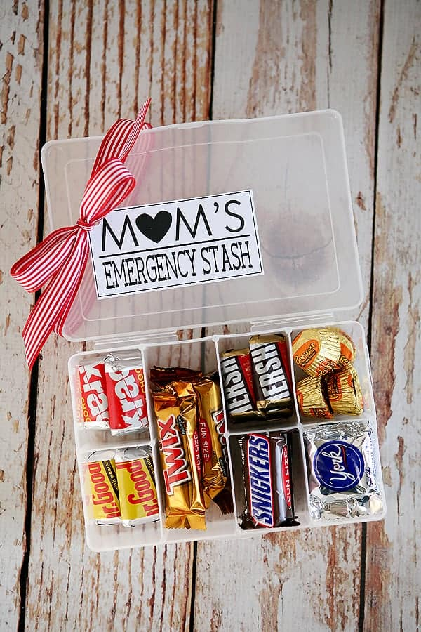 Mom S Emergency Stash Diy Mother Day Gift Fabulous Ideas