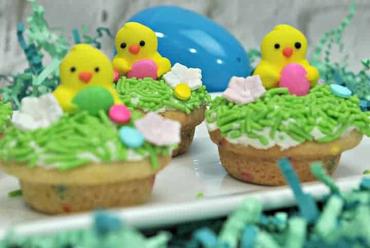 Spring Easter Cookies with baby chicks candy