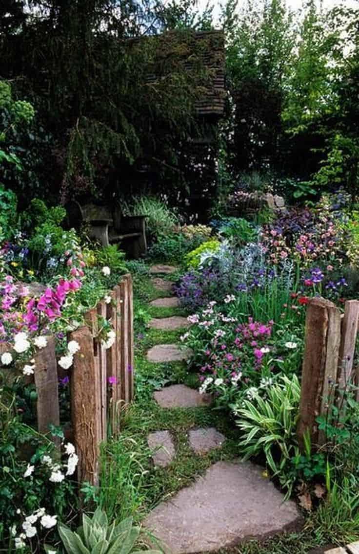 Cottage Flower Garden | Enchanting Backyards and Gorgeous Garden Ideas