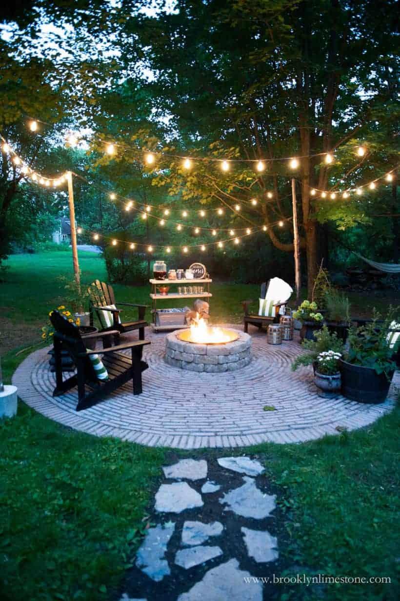 Fire Pit Ideas via Best of DIY Ideas | Dreamy Backyard Spaces