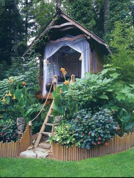 Playhouse via Apartment Therapy | Outdoor Escapes and Whimsical Backyard Decor Ideas