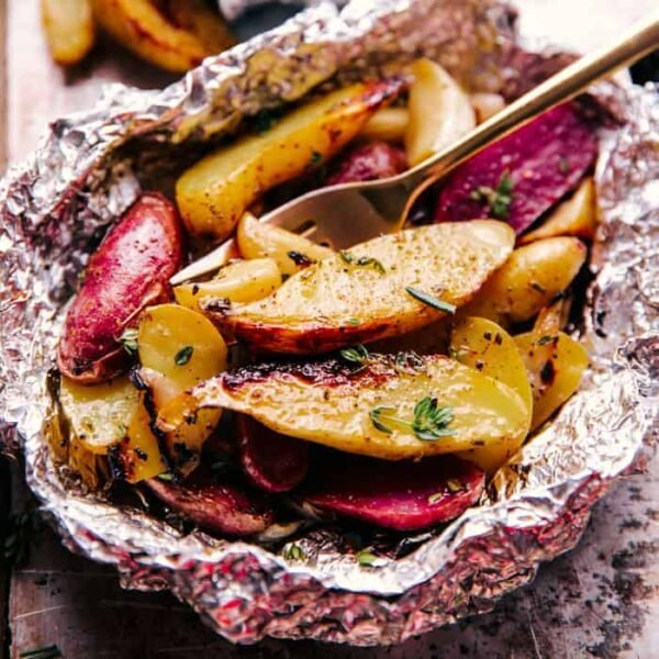 Garlic potato foil pack