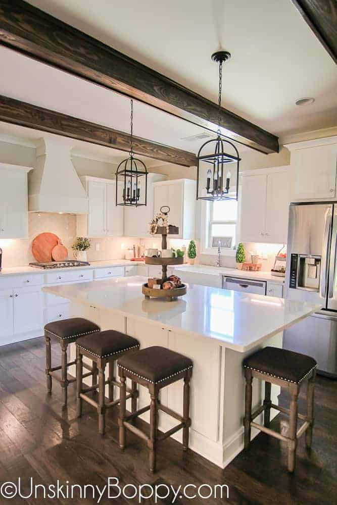 Modern Farmhouse Lighting by Unskinny Boppy | Dreamy Farmhouse Kitchens and How to Get the Look
