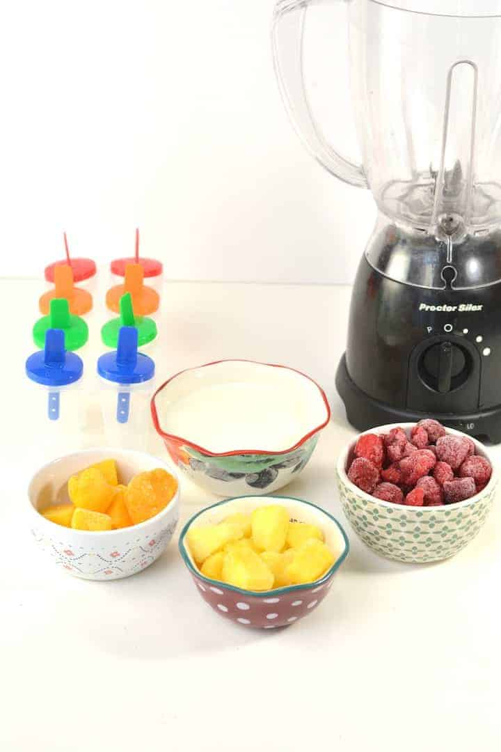 What you need to make fruit smoothie popsicles