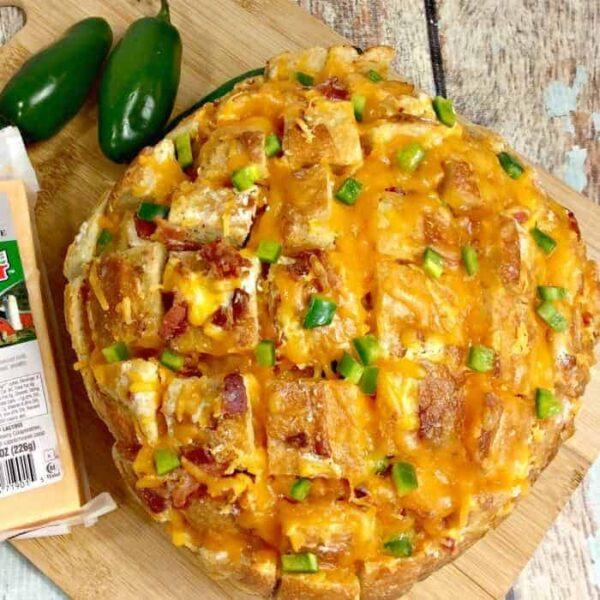 Cheesy Pull Apart Bread {with garlic, bacon and jalapeno}