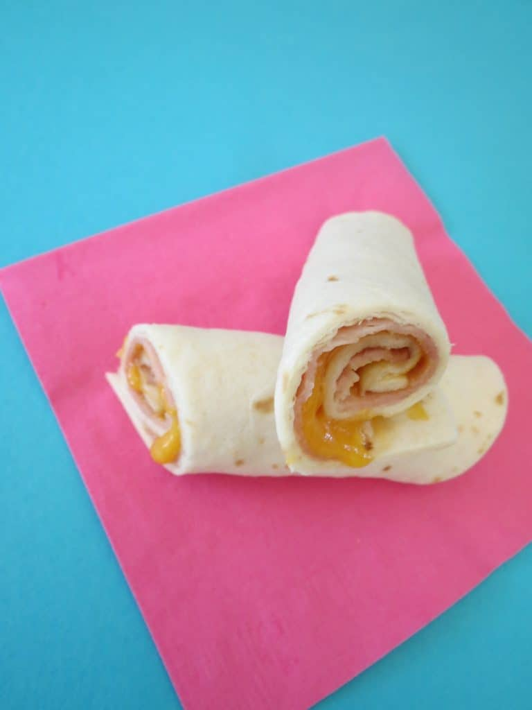 Ham and Cheese Roll Ups by Our Wasabi Life | No Sandwich Lunchbox Ideas that your kids will love!
