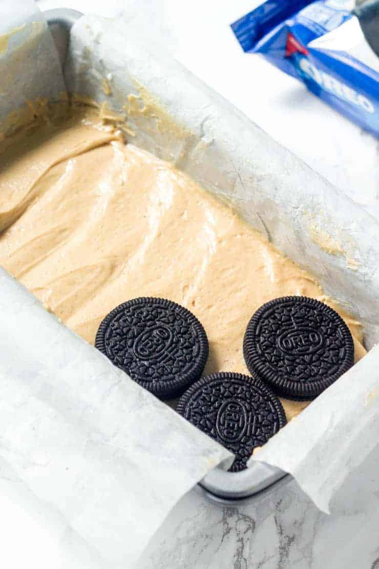 Learn how to make this easy peanut butter oreo icebox cake.