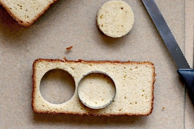 Cut poundcake using a round cookie cutter