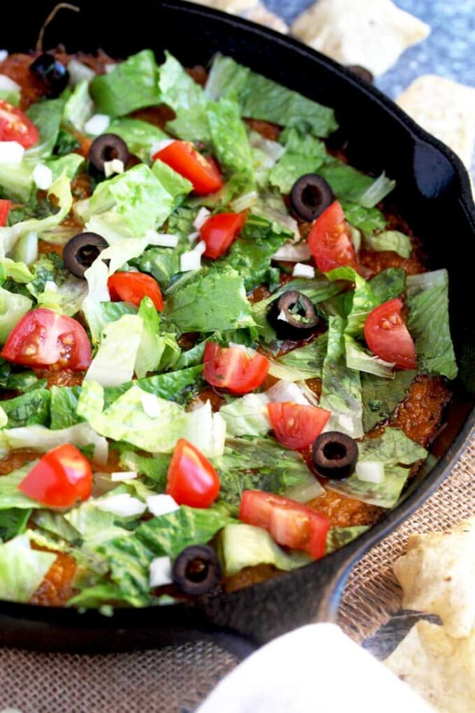 easy taco dip in a skillet