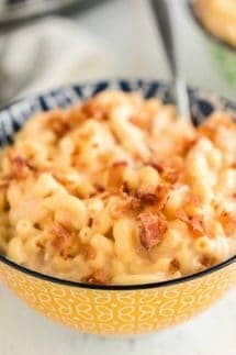 crockpot mac and cheese square
