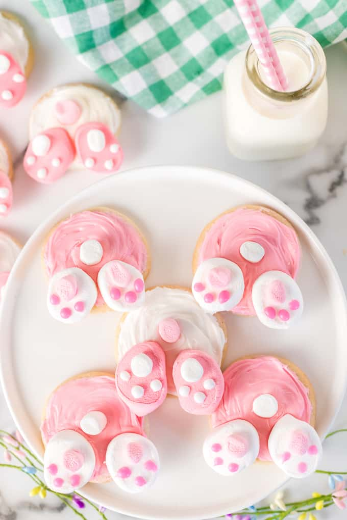 Bunny Butt Cookies on a plate