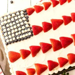 American flag cake featured image square