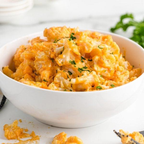 cauliflower mac & cheese featured image