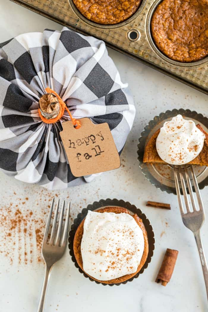 Pumpkin Pie Cupcakes with a happy fall tag