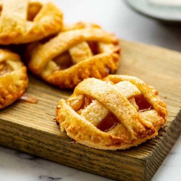 Apple Pie Cookies square featured