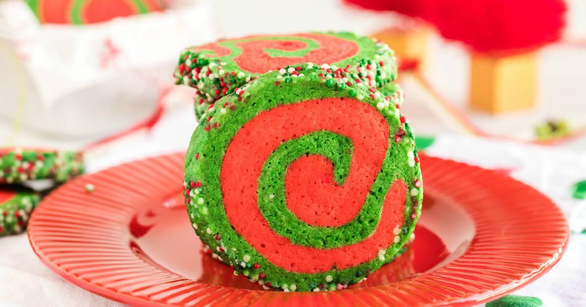 Christmas Pinwheel Cookies.Christmas Pinwheel Sugar Cookies Princess Pinky Girl