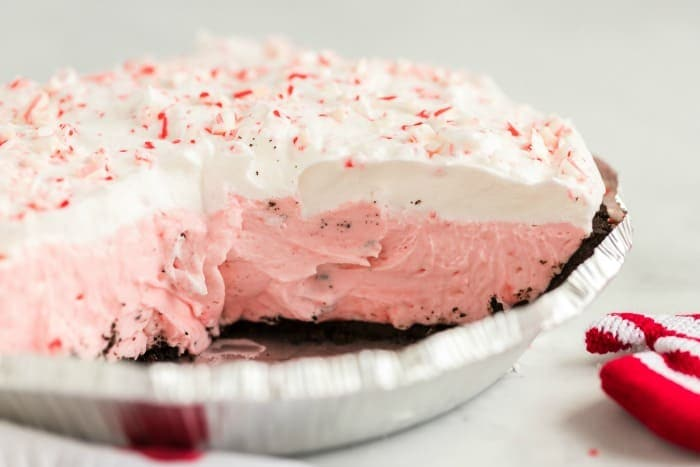 candy cane pin in a pie tin