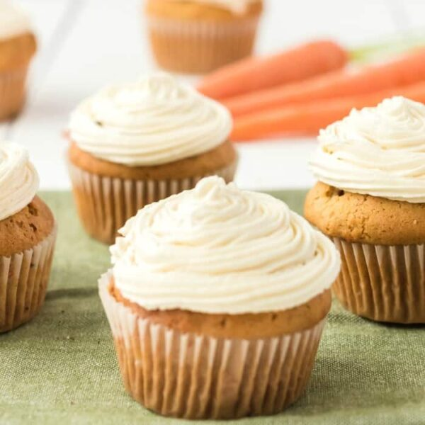 carrot cake cupcakes square