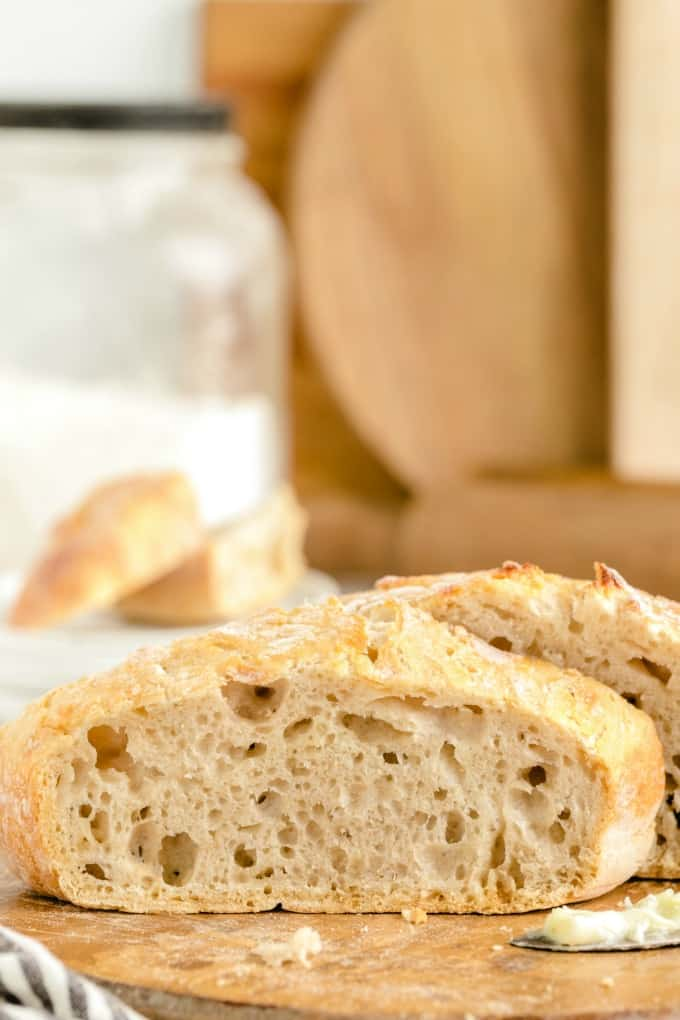 No-Knead Bread bread slices