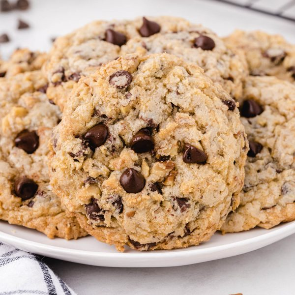doubletree chocolate chip cookies featured image