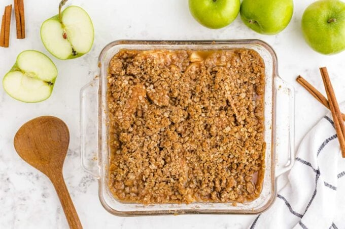 Baked apple crisp in a glass dish
