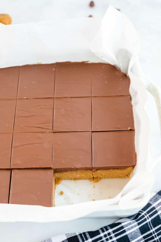 No Bake Peanut Butter Bars sliced