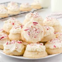 peppermint meltaways featured