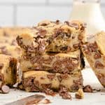 chocolate chip cookie bar featured image