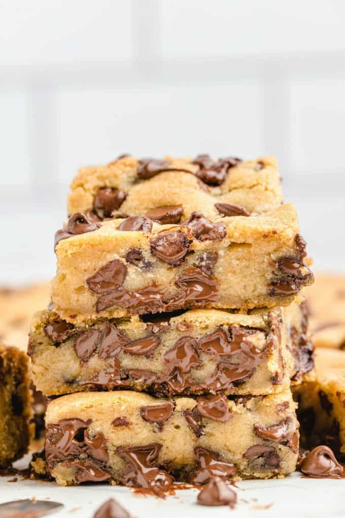 stacked chocolate chip cookie bar