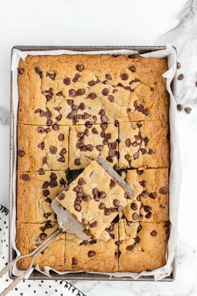 Chocolate Chip Cookie Bars cut overhead