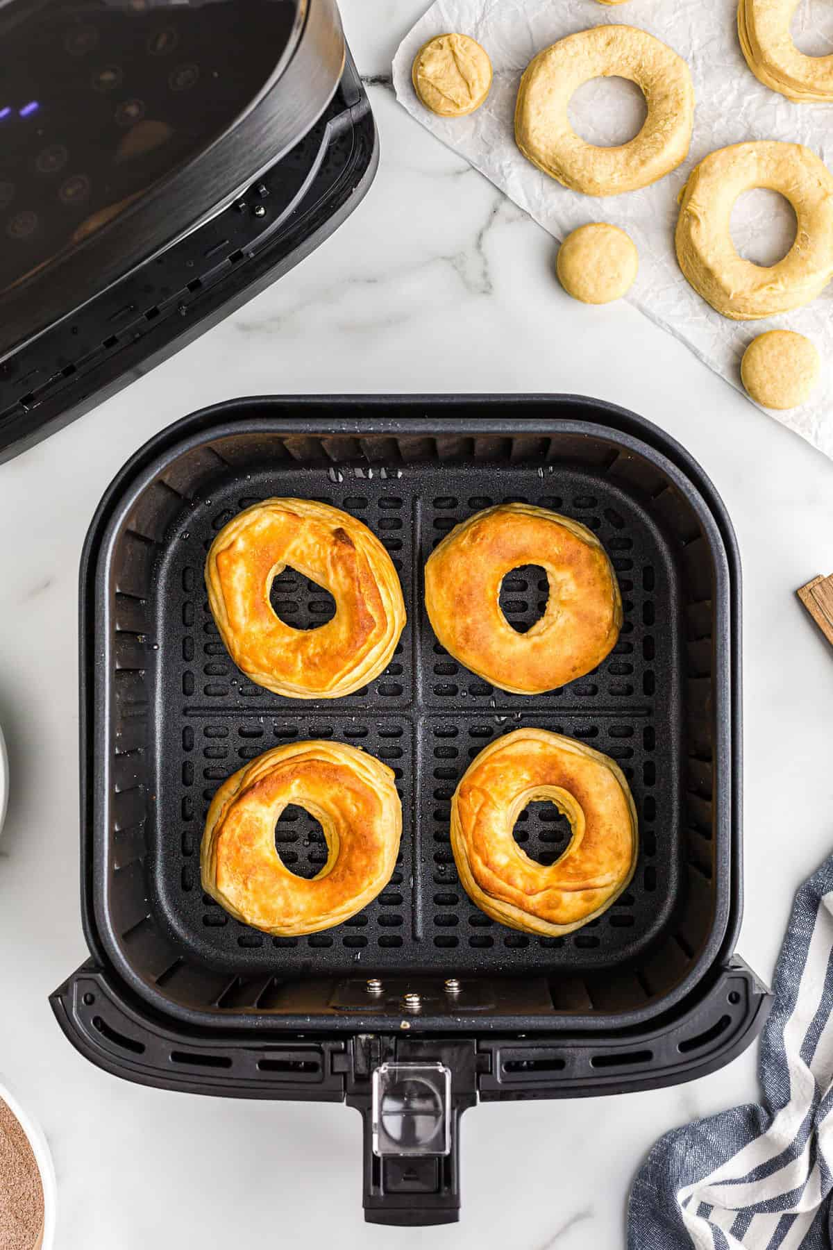 air fry donuts for 3 minutes