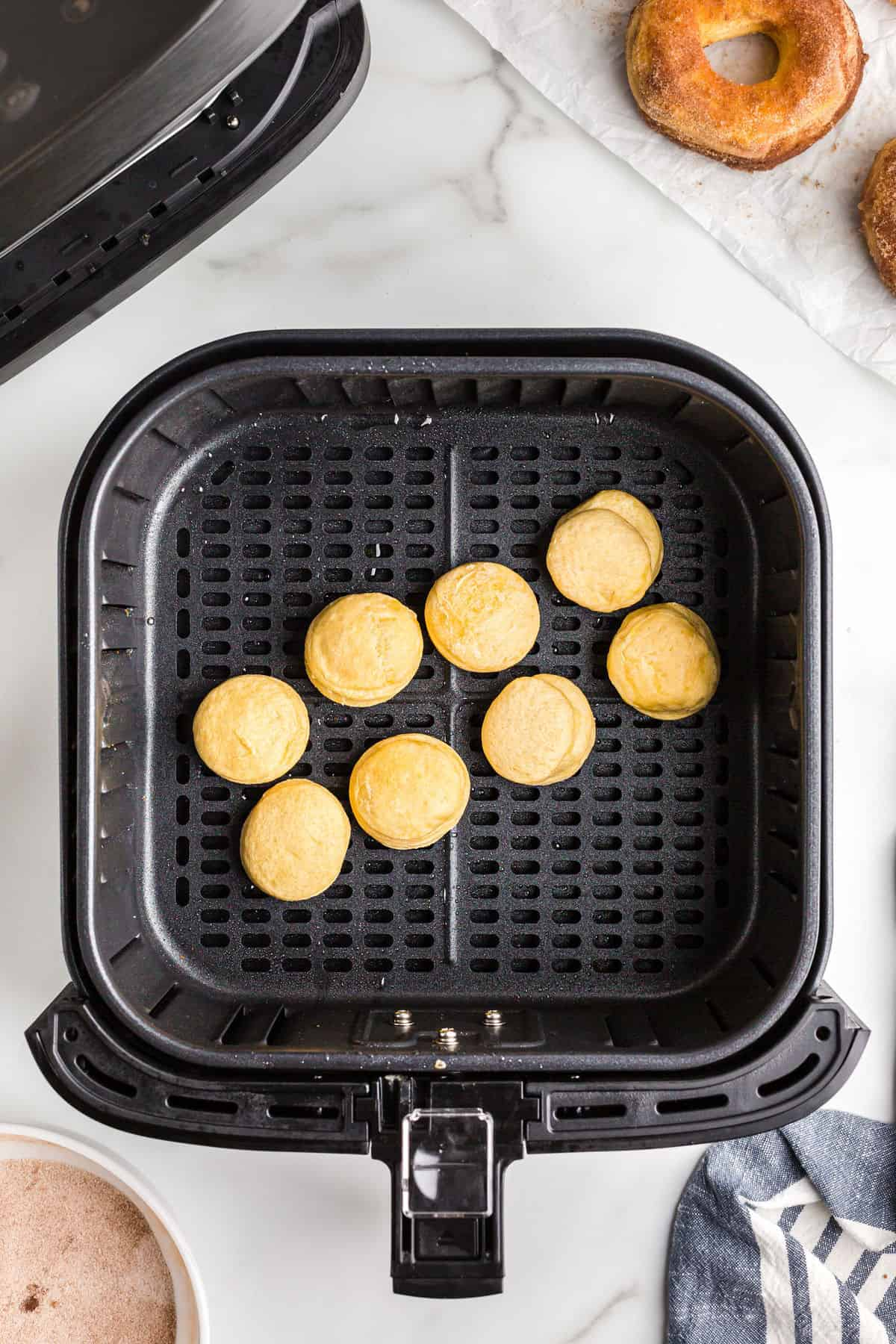 How to make donut holes in the air fryer